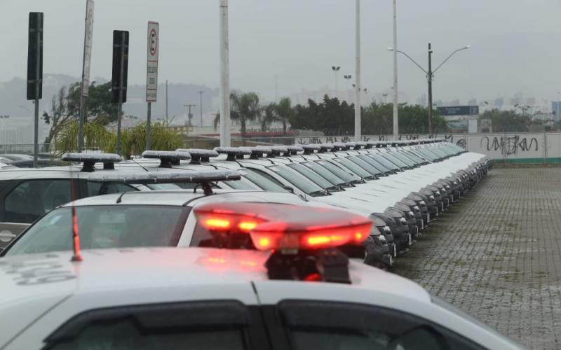 Polícias Militar e Civil recebem 129 novas viaturas em Santa Catarina