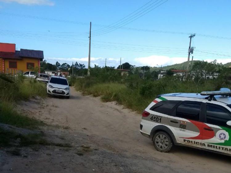 Homem é morto a tiros em Imbituba