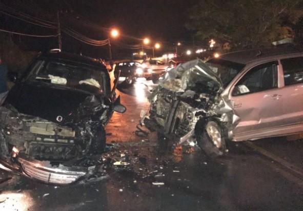 Três pessoas ficam feridas em acidente grave em Orleans