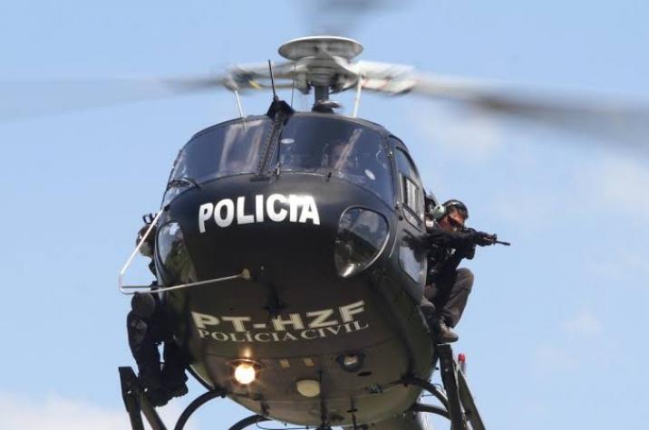 Policiais são alvejados no bairro Renascer em Criciúma