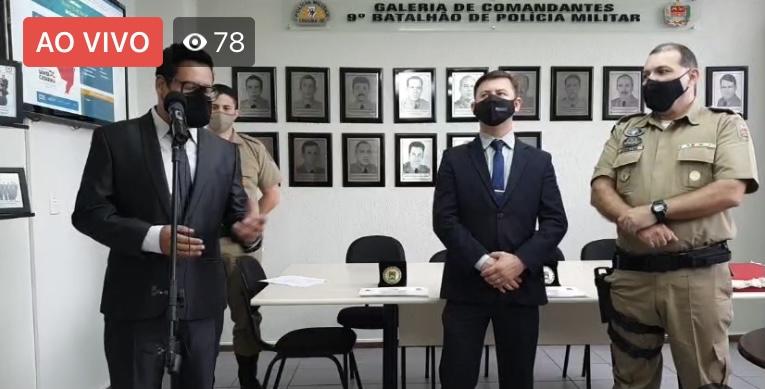 Mesmo com policial internado em estado grave, continuam as entregas de medalhas por parte da PM de Criciúma