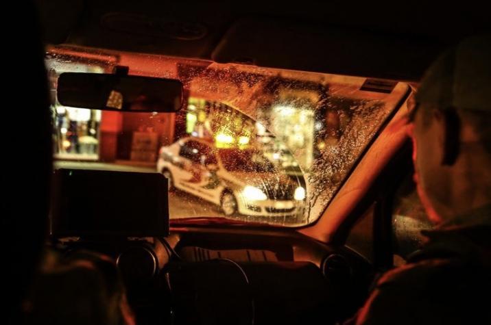 Assalto em andamento: criminosos invadem empresa e roubam veículo em Criciúma